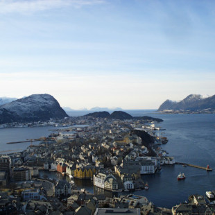 Norway Day 6 – Up the Coast and out to Sea