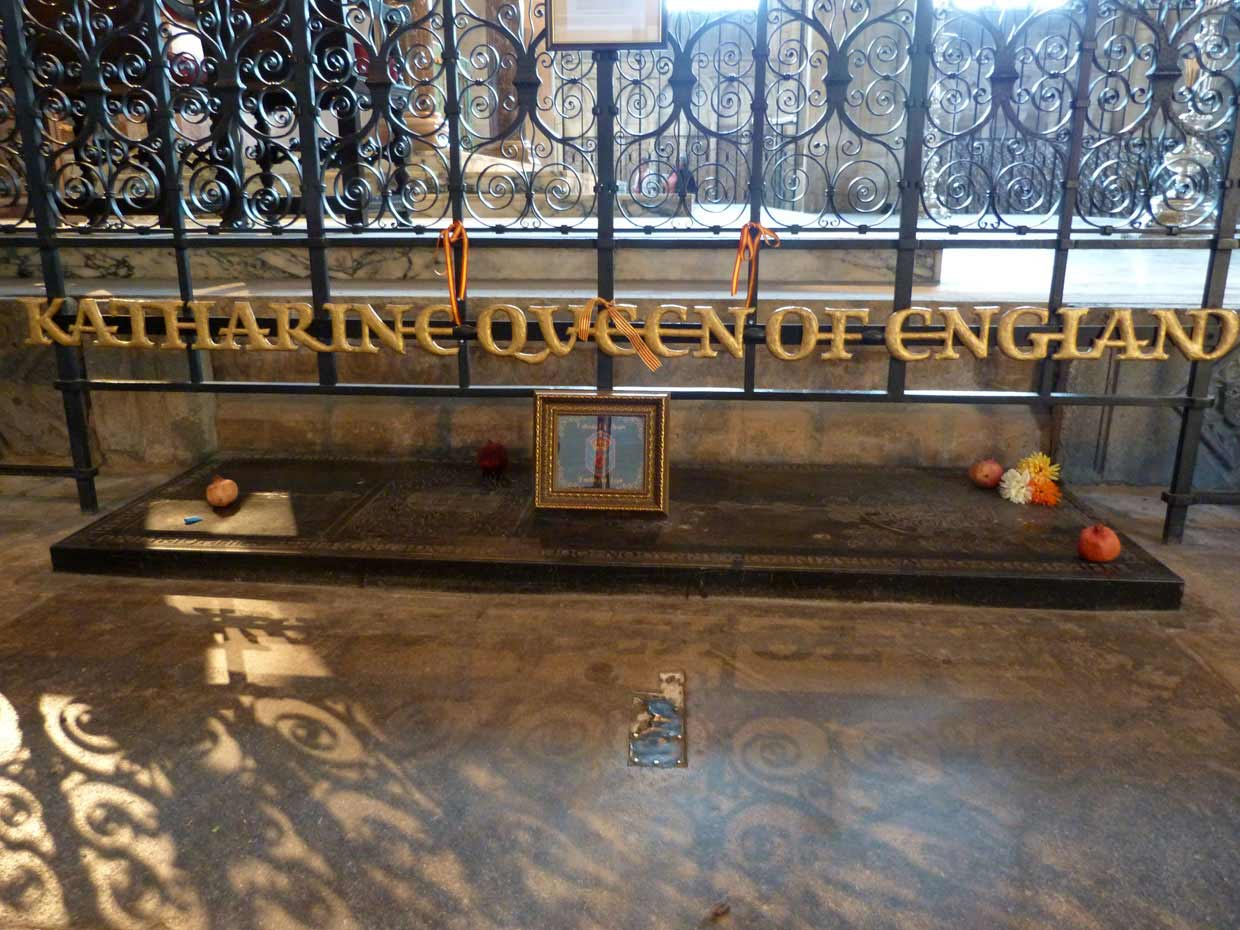 10.-Katharine-Queen-of-England-burial-ground1 Peterborough Cathedral – around and within