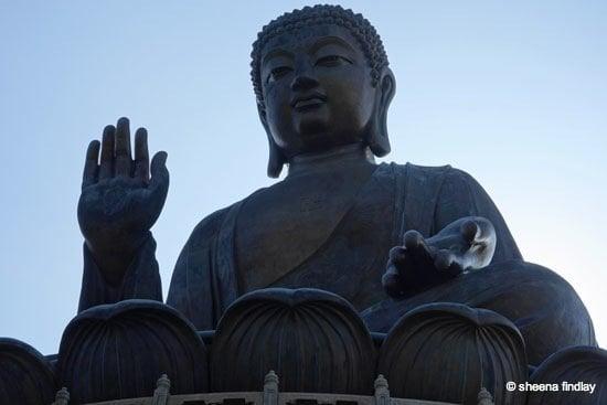 11.-Tian-Tan-Buddha