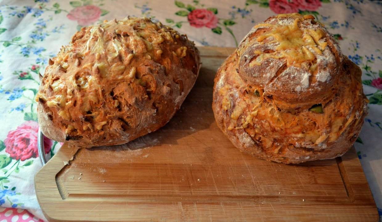 Easy Home Baked Olive and Tomato Specialty Bread