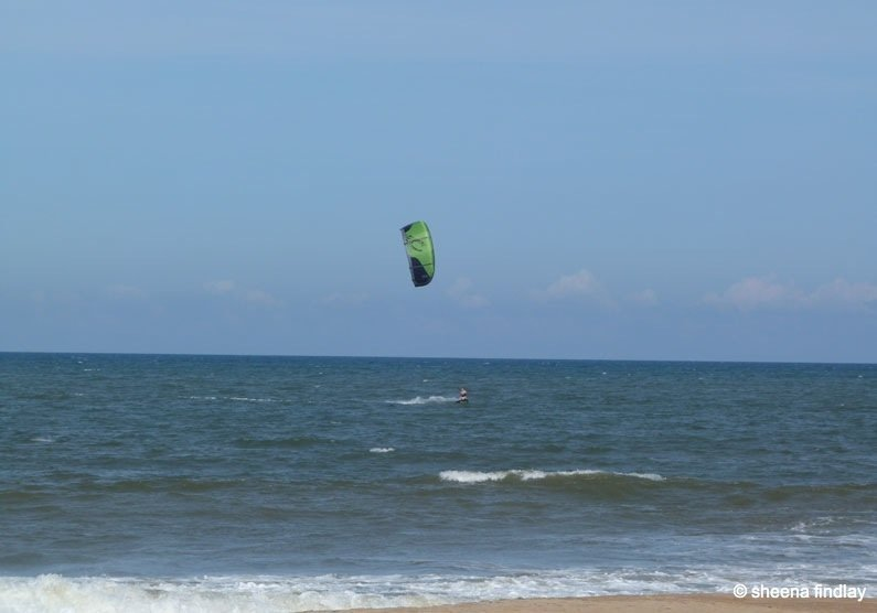 India - kite surfer