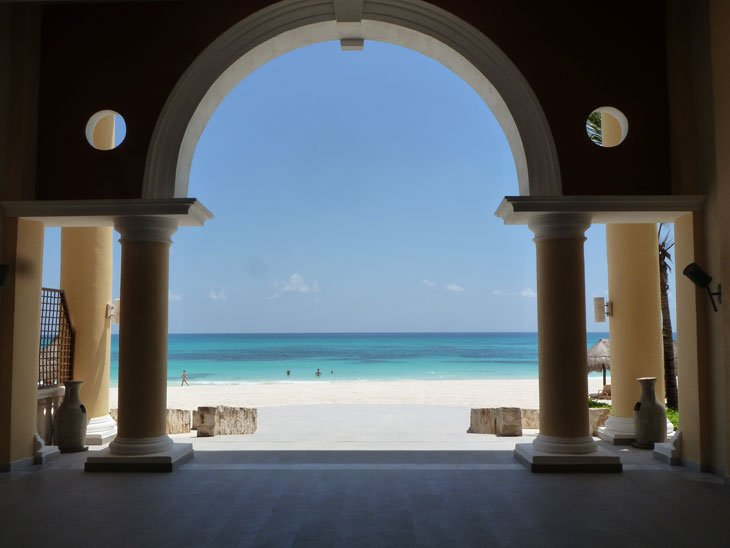 Mexico – Over and Into the Turquoise Sea 1