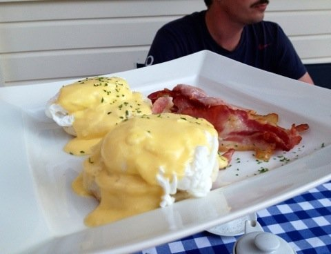 First.. A great Eggs Benedict breakfast :D #Sark