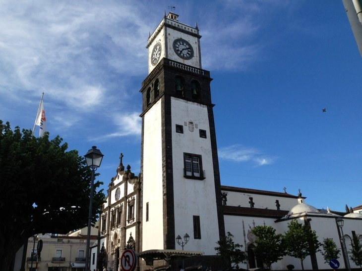 Good evening from Main Square, Ponta Delgada, Azores :)