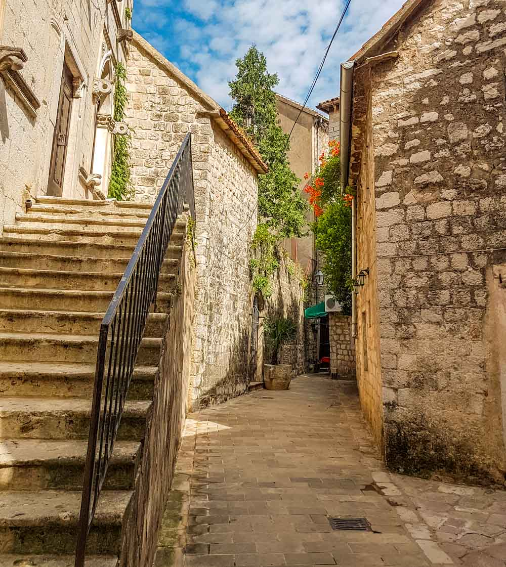 little alleyway in Kotor