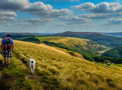 Alport Castles Walk – Derbyshire Peak District