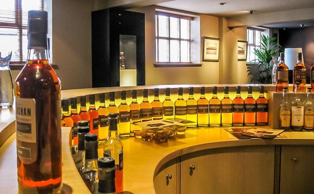 Auchentoshan Distillery, Whisky Tasting