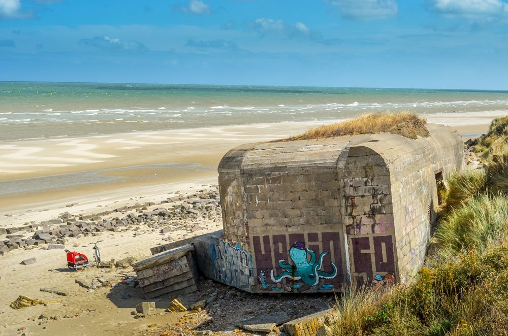 Leffrinckoucke-beach Blockhouses and Graffiti Art of Leffrinckoucke Beach