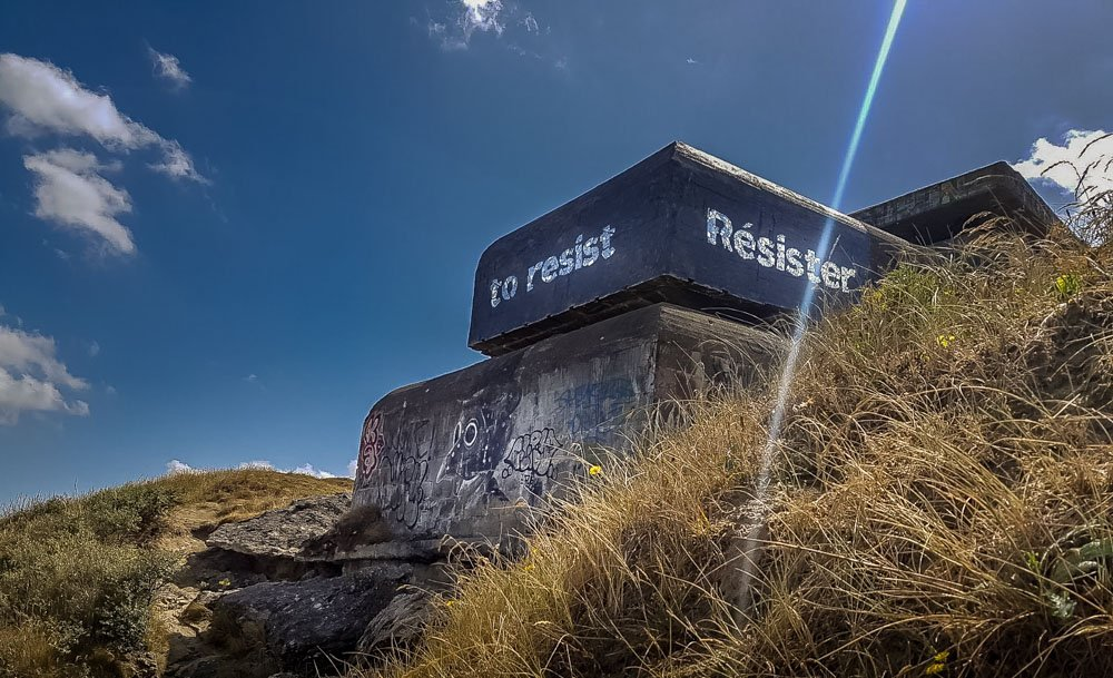 To-resist Blockhouses and Graffiti Art of Leffrinckoucke Beach