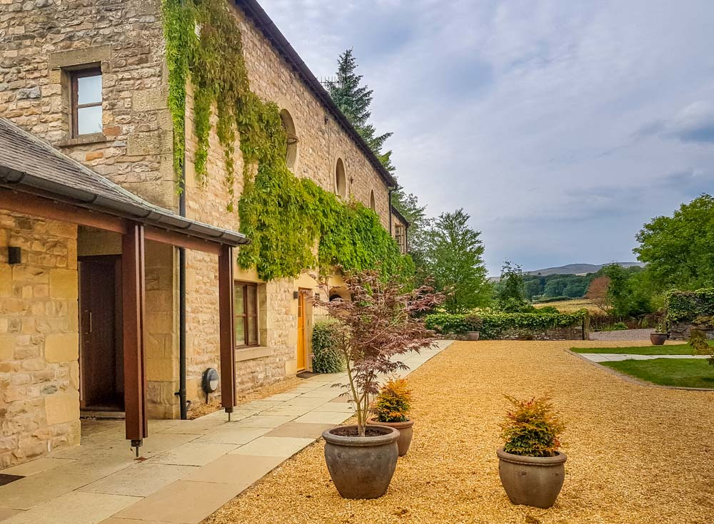 20180727_172758 Hipping Hall Boutique Hotel - Perfect Stepping Stone To The Lakes or Dales
