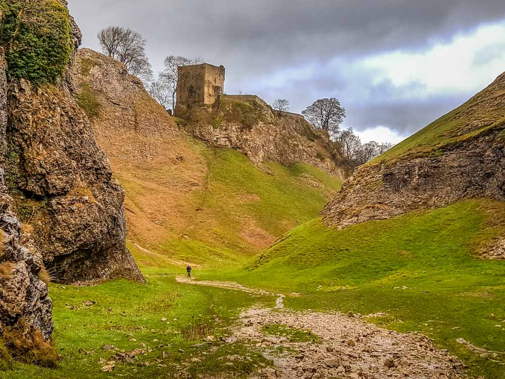 Limestone-Cavedale-valley Cave Dale Walk, Rugged and Scenic – Castleton, Peak District