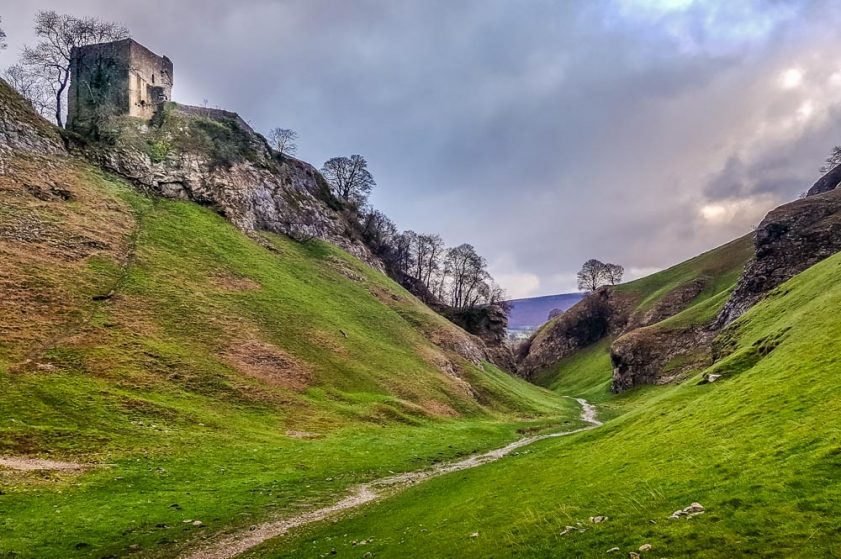 a cavedale walk in derbyshire
