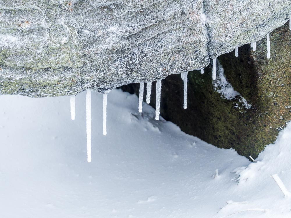 P2010284 A Winter Walk Above Dove Stone Reservoir, Saddleworth