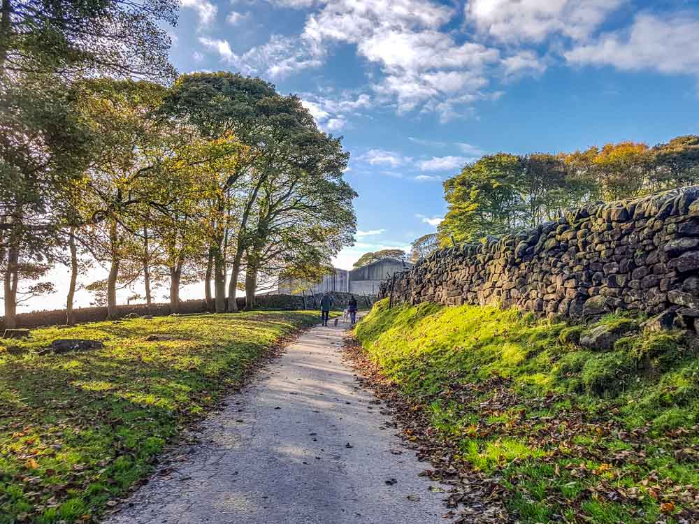 Crook Hill a Relaxed Walk, Stunning Views – Derbyshire