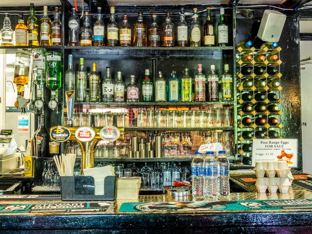 P5260820 The Allan Ramsay Hotel - Scotland's Literary Pub