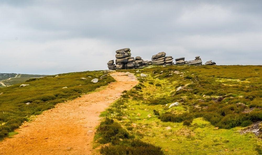 Walking-Derwent-Edge-Peak-District Walking to the Wheel Stones on Derwent Edge – Peak District