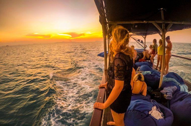 Sailing The Ang Thong Islands - Kayaking and Snorkelling Tour