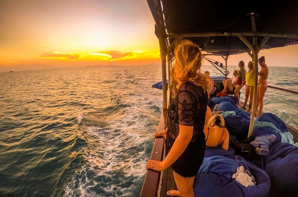 Sailing The Ang Thong Islands - Kayaking and Snorkelling Tour 1