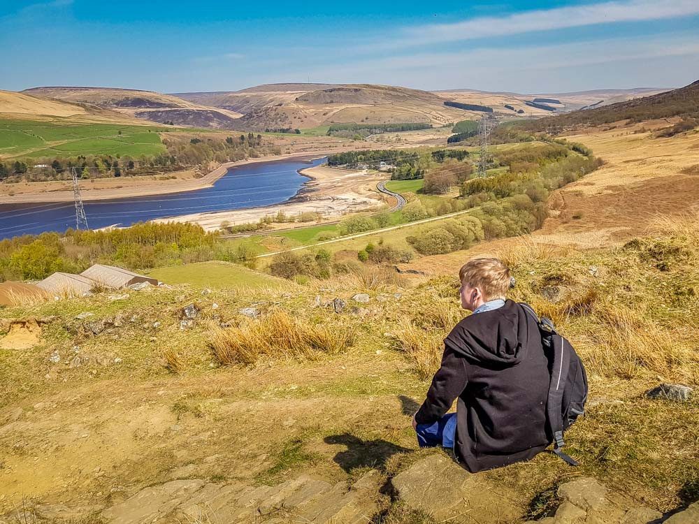 My-son-stops-for-lunch-with-a-view Torside And Woodhead Reservoir Walks – North Derbyshire