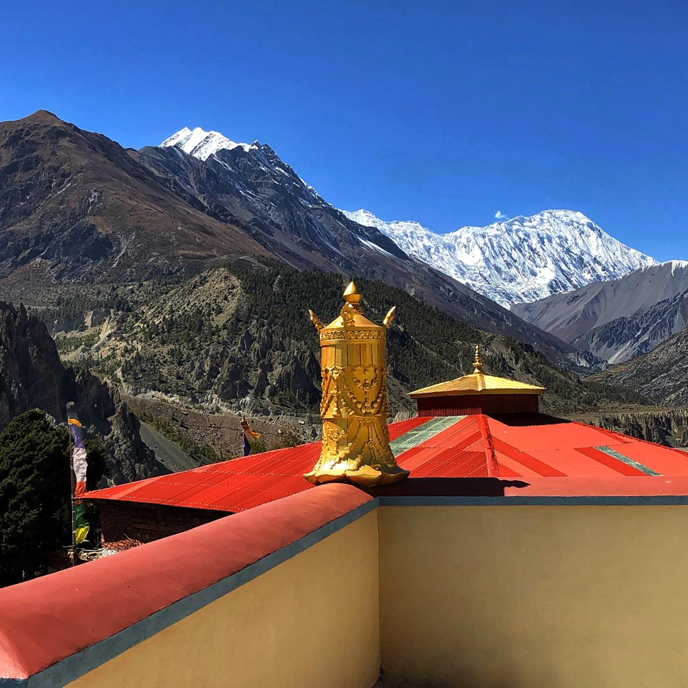 Temple-View Annapurna Circuit, Nepal - Part II: Apple Pie to Beyond Acclimatisation