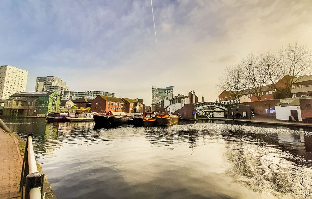 Birmingham Canal Walk – Heritage and Leisure