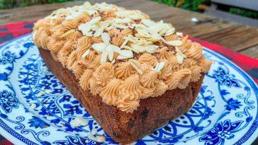 Baking, almond cake recipe