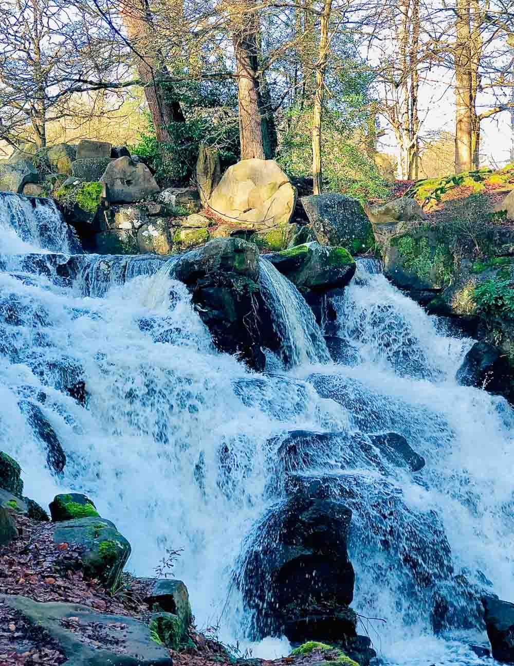 waterfall Virginia Water Lake - A Springtime Walk