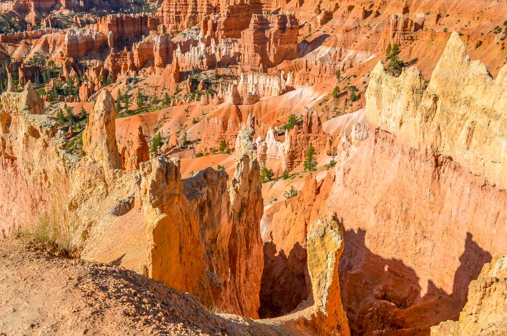 Picture-6-1 The Hoodoos and Bryce Canyon National Park, Utah