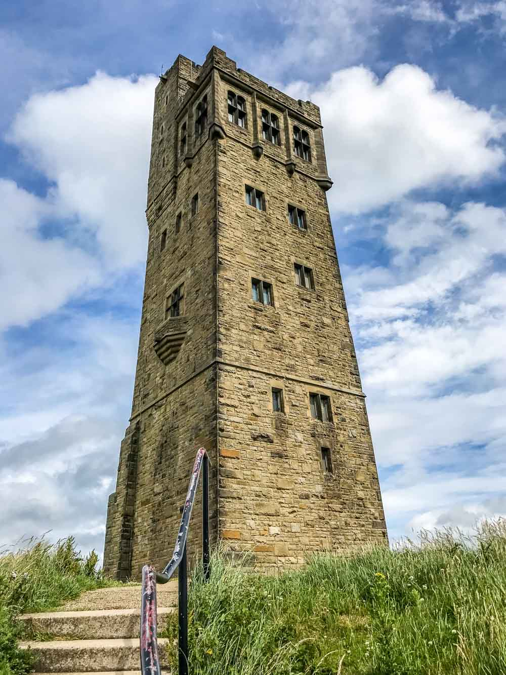 14-Victoria-Tower The Holme Valley Circular Walk - West Yorkshire