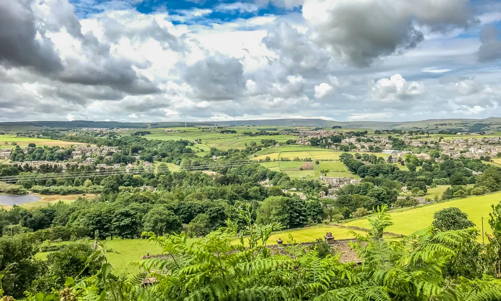 9.-Along-the-Bridleway_ The Holme Valley Circular Walk - West Yorkshire