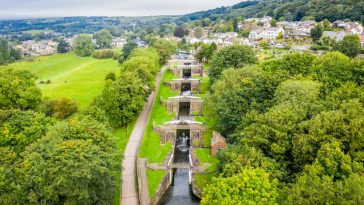 Bingley Five Rise Locks - Steepest Staircase Locks In The UK