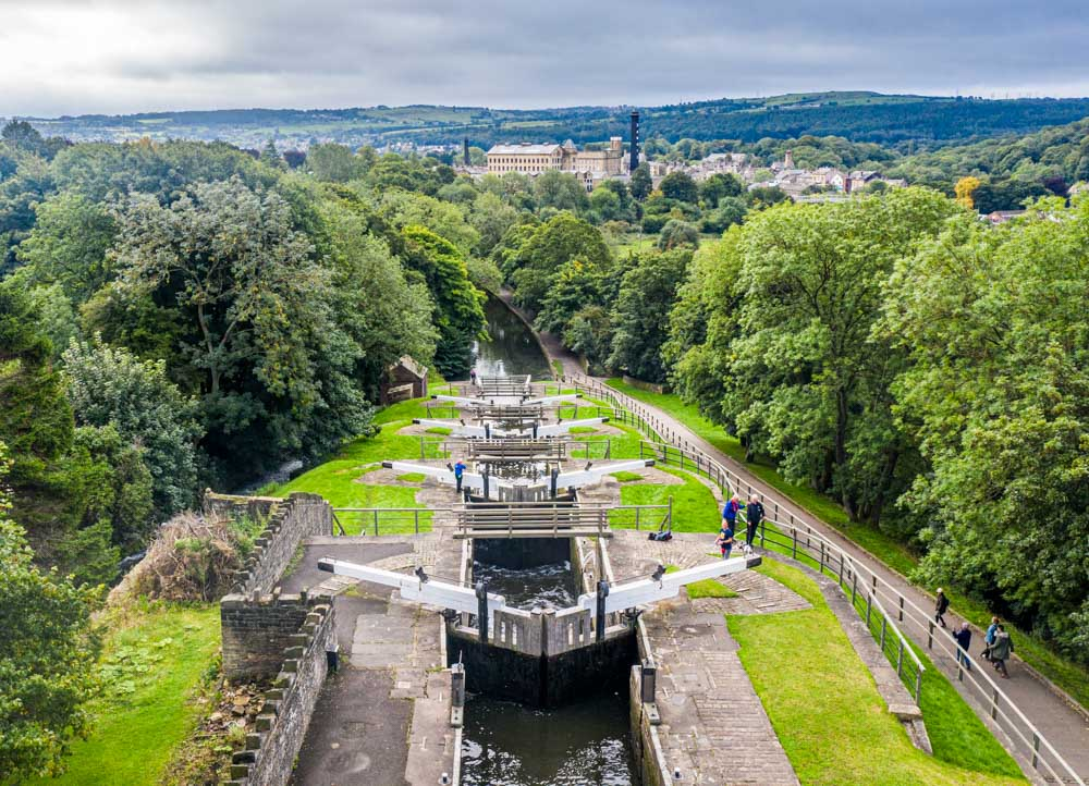 Bingley Five Rise Locks - Steepest Staircase Locks In The UK
