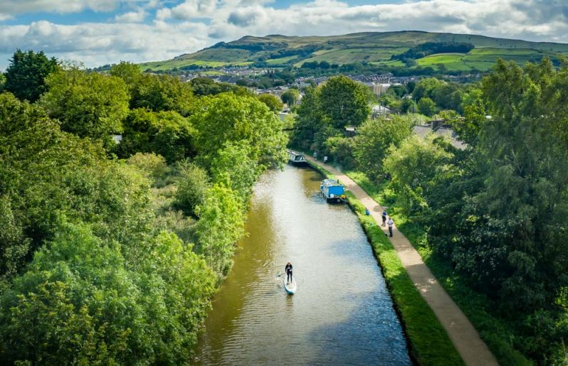 Wellness and Paddleboarding On The Leeds Liverpool Canal