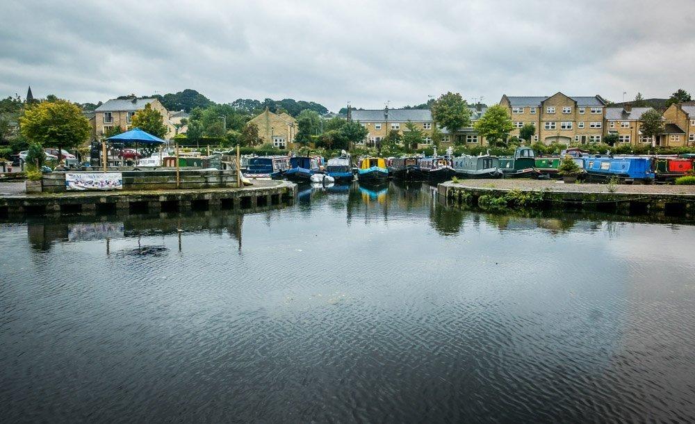 Apperley Bridge canal dock