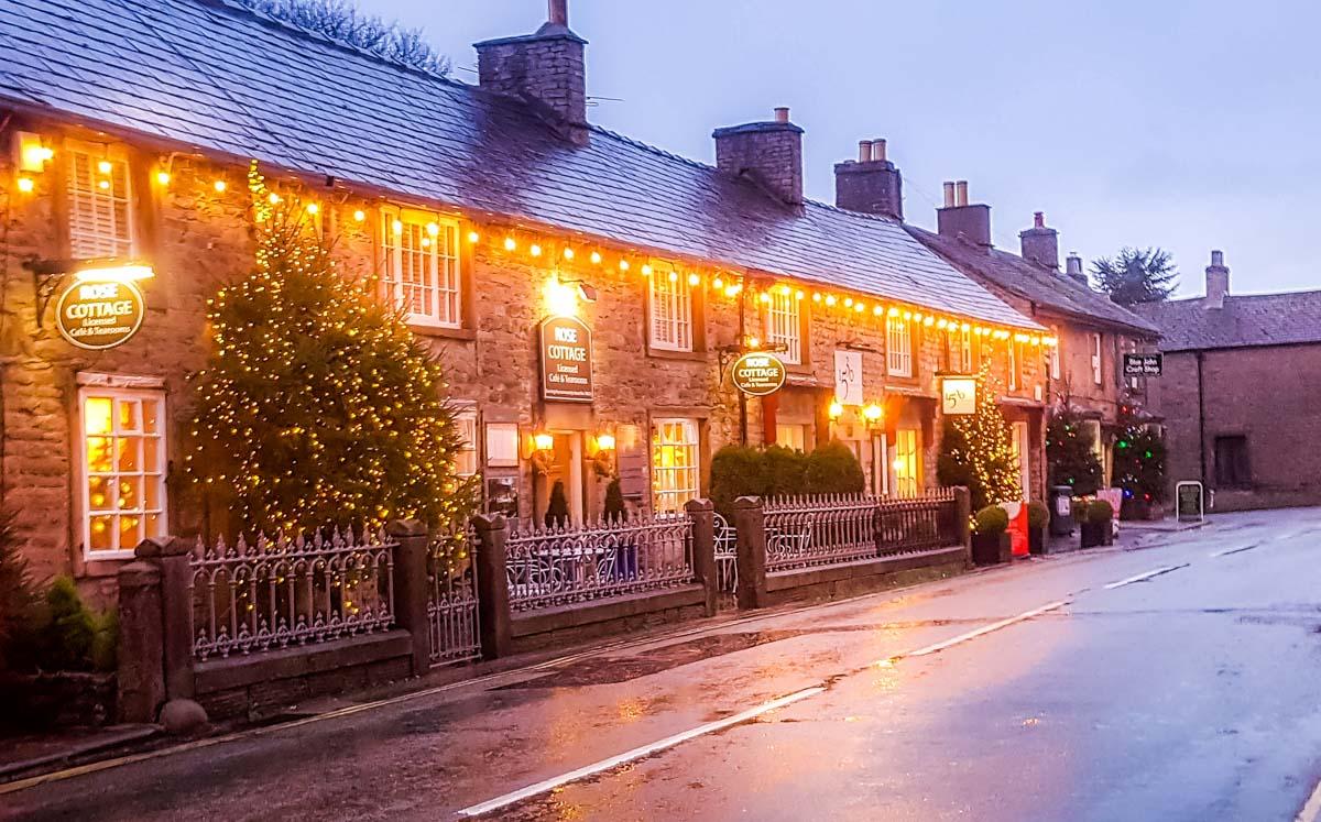 Castleton-streets-at-Christmastime Castleton at Christmas, Family Memories