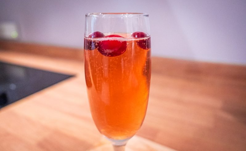 A Christmas Festive Fizz Cocktail Recipe