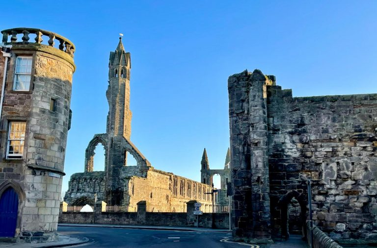 St Andrews, Scotland – The Home of Golf, History and Coastal Walks