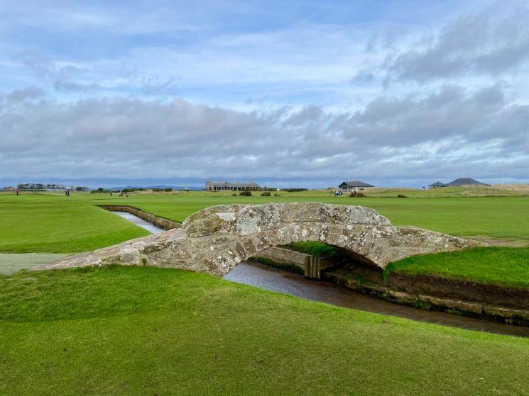 18th hole bridge st andrews golf course