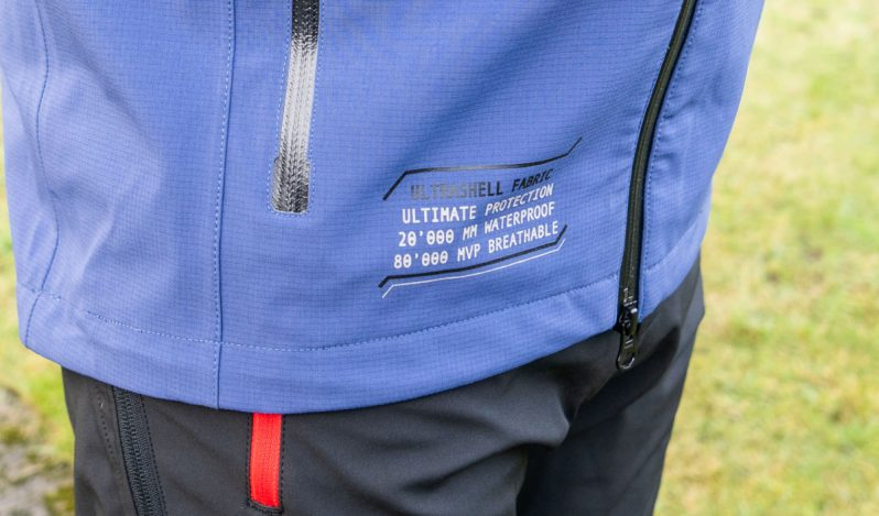 L1023122-798x469 Cimalp Vinson Jacket and Piton Trousers - Gear For Extremes