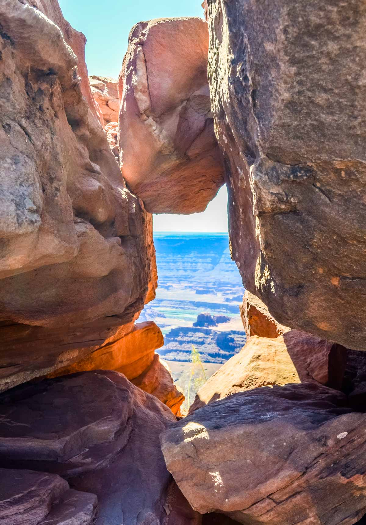 window through the rocks at dead horse point