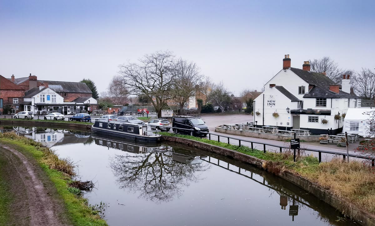Pubs on the Trent and Mersey Canal