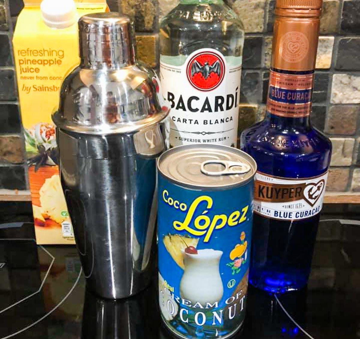 Blue Hawiian ingredients