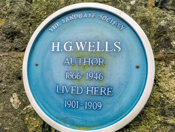 HG Wells sign Folkestone