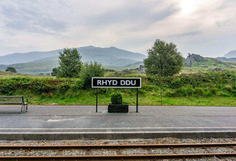 Rhyd Ddu train station and Snowdon