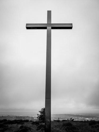 besom hill cross