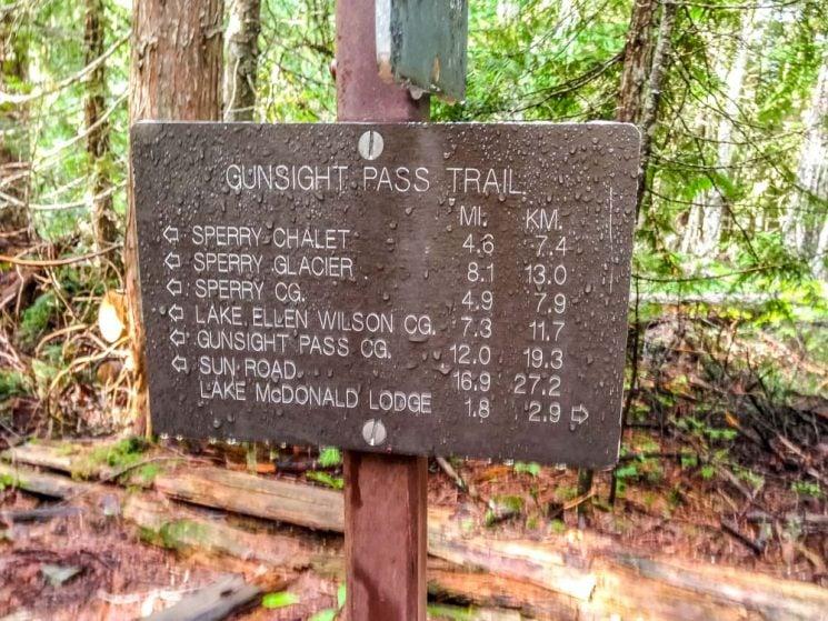 trail distances sign