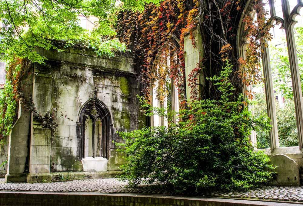 St Dunstan in the East – the fairy tale garden