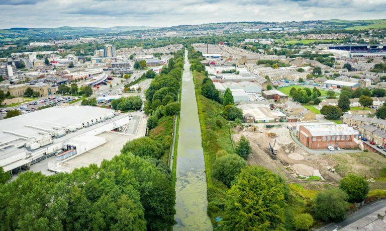 Burnley Embankment – A Walk Along The Straight Mile