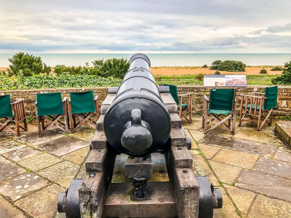 castle canon gun