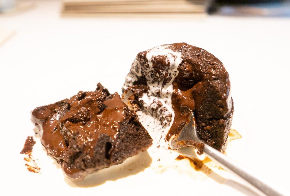 keto cake and cream